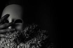 Vad gör du med din mask ? (hajlana) Tags: mask creative playtime blackwhite mono