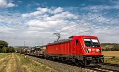 084_2018_09_28_Retzbach-Zellingen_6187_121_DB_mit_gem_Güterzug ➡️ Würzburg (ruhrpott.sprinter) Tags: ruhrpott sprinter deutschland germany allmangne nrw ruhrgebiet gelsenkirchen lokomotive locomotives eisenbahn railroad rail zug train reisezug passenger güter cargo freight fret retzbachzellingen bayern unterfranken mainspessart brll byb db dbcsc dispo egp eloc hctor lm loc meg mt nesa öbb pkpc rhc rpool rtb sbbcargo slg setg xrail 0425 1016 1116 1211 1293 3364 5370 6139 6143 6145 6152 6155 6182 6185 6186 6187 6193 8170 logo natur outddor graffiti