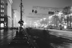 (Alexander Oleynik) Tags: blackandwhite bw night evening kyiv khreshchatyk road streetlife lamppost city light