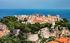 _DSC1139 - Vieux Monaco skyline (AlexDROP) Tags: 2018 europe monaco cotedazur art travel architecture color cityscape city sea nikond750 afsnikkor28300mmf3556gedvr best iconic famous mustsee picturesque postcard skyline