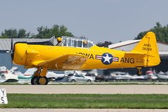 N515SA - 1943 build North American AT-6D Texan, rolling for departure on Runway 27 at Oshkosh during Airventure 2018 (egcc) Tags: 28208 4133936 7515 8814953 ang208 at6d airventure airventure2018 eaa ex963 harvard iowaang kosh lightroom n330ca n515sa northamerican osh oshkosh texan wingnuts warbird