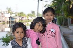 girls in the cool season (the foreign photographer - ฝรั่งถ่) Tags: three girls cool season khlong lard phrao portraits bangkhen bangkok nikon d3200