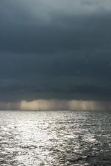 grains (Mireille Muggianu) Tags: bouchesdurhone europe france laciotat provencealpescotedazur bateau boat ciel mer paysage pluie voilier samsung nx nx500