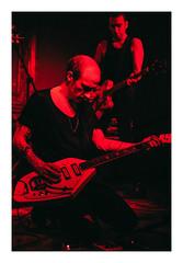 (L'enfer, c'est les autres) Tags: theundergroundyouth live music poznań pod minogą berlin craig dyer fujifilm fujixseries xpro2 35mm red