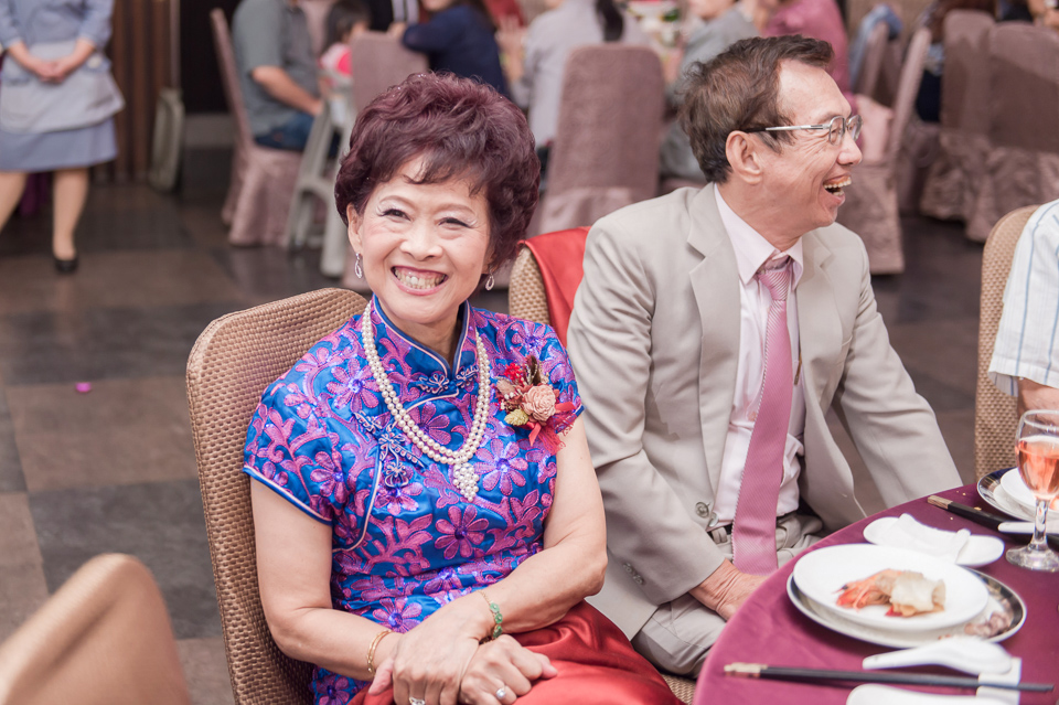 台南東東宴會式場 婚宴 走在幸福的紅毯上 R & B 143
