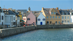 High Tide  -  Island of Sein  -  Brittany (bruno.suignard) Tags: ile island iledesein harbor port pointeduraz finistère bretagne brittany france brunosuignard islandofsein sein