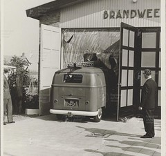 "RS-59-37 Volkswagen Transporter bestelwagen 1958 ""Brandweer - Oudorp"" • <a style=""font-size:0.8em;"" href=""http://www.flickr.com/photos/33170035@N02/46046657735/"" target=""_blank"">View on Flickr</a>"