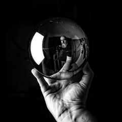 Self Portrait (Giovanni Salinardi) Tags: autoritratto selfportrait selfie blackandwhite biancoenero ritratto portrait monochrome monotone sphere hand reflection