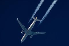 Lufthansa Airbus A330-343 D-AIKP (Thames Air) Tags: lufthansa airbus a330343 daikp contrail telescope dobsonian contrails overhead vapour trail