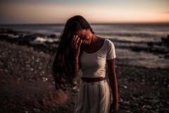 N a y l a (Nacho Borrella) Tags: canon retrato portrait dusk sunset canon5dmarkii 5dmarkii 35mm sigma35mmart sigma brunette beautiful atardecer lifestyle lightroom naturallight