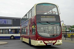 HULL 210916 834EYD (SIMON A W BEESTON) Tags: hull eyms eastyorkshiremotorservices yx05eoo 696 wright volvo b7tl 834eyd