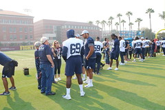 2018_T4T_LA Rams STS Practice 3 (TAPSOrg) Tags: taps tragedyassistanceprogramforsurvivors teams4taps salutetoservice losangeles losangelesrams nfl football california practice 2018 military outdoor horizontal group posed player