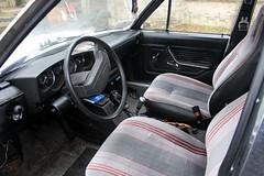 1978 Tatra T613 'Chromka', interior (Davydutchy) Tags: tatra 613 t613 chromka czech czechoslovakia czechrepublic v8 rear engine heckmotor aircooled luchtgekoeld luftgekühlt vzduchemchlazené vzduch auto automobiel automobile vehicle car voiture pkw bil vůz автомобиль youngtimer classic oldtimer klassiker interieur interior inside stuur steer steering wheel lenkrad dashboard gauge seat zitting bestühlung voorstoel voorstoelen january 2019