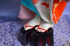 Wearing geta: BJD foot mod for 1/4th size. (Bright Wish Kanzashi) Tags: bjd bjdkimono dollchateau hybridbjd thistle dollchateauhybrid dearminehybrid bjdfeet bjdfeetmod bjdgeta bjdshoes bjdmod