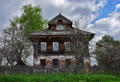 0404 (deni.spiri) Tags: abandoned russia decay abandonedplaces lost lostplaces forggoten urbex nature oldhouse kostroma 4x4 offroad adventures trip journey