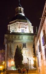 exterior cupula y portada de noche Iglesia de San Andres Madrid (Rafael Gomez - http://micamara.es) Tags: exterior cupula y portada de noche iglesia san andres madrid