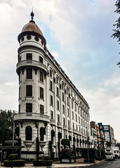 Imperial Hotel / Mexico City (swampzoid) Tags: hotel mexicocity historic iron flatiron building architecture edifice old dome white classic city imperial imperialhotel reforma luxury