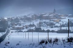 URIZAHARRA ART 1 (juan luis olaeta) Tags: paisajes landscape elurra nieve snow negua invierno alava basquecountry peñacerrada photoshop fujifilmxt2