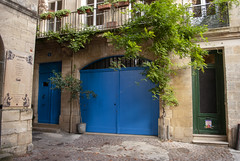 Bordeaux, France (Tiphaine Rolland) Tags: bordeaux france gironde autumn automne 2018 nikond3000 nikon d3000 street rue porte gate door blue bleu