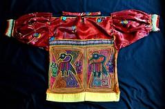 Guna Blouse Molas Panama textiles (Teyacapan) Tags: molas panama kuna guna blusa blouses sewing birds