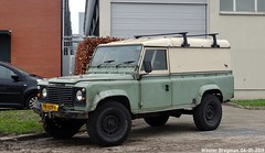 Land Rover 110 1984 (XBXG) Tags: 78vzz9 land rover 110 1984 landrover defender diesel rhd lr laro anthony fokkerweg uithoorn 4wd 4x4 four wheel drive nederland holland netherlands paysbas youngtimer vintage old classic british car auto automobile voiture ancienne anglaise uk brits vehicle outdoor