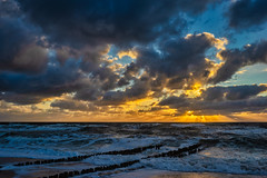 Touching me, touching you (*Capture the Moment*) Tags: 2018 clouds fotoshooting fotowalk himmel insel island landscape landschaft september sky sonnenuntergang sonya7miii sonya7mark3 sonya7m3 sonya7iii sonyilce7m3 sunset sylt waves wellen wetter wolken cloudy wolkig