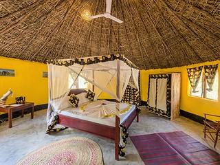 Africa Safari Selous banda bungalow bedroom