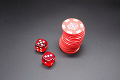 Poker (https://tinyurl.com/jsebouvi) Tags: backgroundwhite blackbackground chiffre chips deuxdésetpiledejetons fondnoir game isolated jetons jeu number object photo pile poker red stack stuff twodiceandstackofchips lucky background black entertainment win success dice chance casino luck play