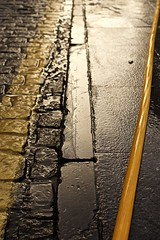 03022019 (Noah420) Tags: amarillo mañaneo limpieza manguera calle mitad y barrenderos d7200 35mm asturias gijon cima de villa nikon