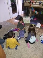 IMG_20181106_183947928 (ce_doit_etre) Tags: 2018 hazel birthday 7thbirthday mountainview lincoln robbie livingroom