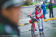 LD4_9325 (晴雨初霽) Tags: shanghai marathon race run sports photography photo nikon d4s dslr camera lens people china weekend november 2018 thousands city downtown town road street daytime rain staff