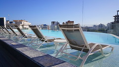 Pool in Santo Domingo (Hans Mülder) Tags: pool infinity santo domingo holiday swim sky blue