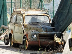Fiat 500 C Topolino Belvedere (Alessio3373) Tags: rust rusty rusted rustycars scrap scrapped scrappedcars unused unloved neglected forgotten forgottencars abandoned abandonedcars autoabbandonate ruggine corrosio corroded junk junkcars junkyard scrapyard fiat fiat500c fiat500ctopolinobelvedere