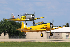 C-FHWX, AT-6 Texan, Oshkosh 2018 (ColinParker777) Tags: t6 harvard at6 at6g texan north american air force classic warbird takeoff departure formation display shiny at6f pair duo osh oshkosh kosh eaa experimental aviation association airventure 2018 airplane aircraft military aeroplane plane piston radial engines trainer canon 7d 7d2 7dmk2 7dmkii 7dii 100400 lens pro zoom telephoto wisconsin wi usa cockpit sky wheel canada canadian cfhwx 46 7549