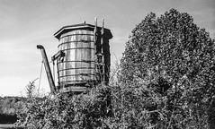 RR Museum Water Tank B&W (Neal3K) Tags: georgia northgeorgia bw blackwhite jchstreetpan400 nikons335mmfilmcamera rabungaprailroadmuseum watertank rr