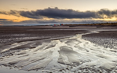 Dawn at the Beach (Stoates-Findhorn) Tags: 2018 findhorn beach sunrise moray groynes sandpatterns dawn huts backshore scotland unitedkingdom gb