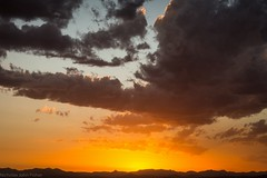 25.11.2018 (dustaway) Tags: sunset sunsetclouds sundown tamborinemountain mounttamborine sequeensland queensland australia sky horizon mountsuperbus mainrange greatdividingrange