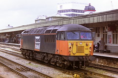 EWS LOAD HAUL LIVERIED 56109 (bobbyblack51) Tags: british railways ews class 56 brush type 5 ruston paxman coco diesel locomotive 56109 load haul livery cardiff central station 1997