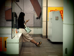 Woman! (takana1964) Tags: streetphotography snap streetsnap street snapshot streetshot citysnap citystreet city cityphotography kyotocity japan olympus