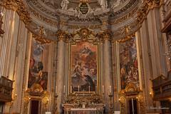 Chiesa di Sant'Ignazio da Loyola in Campo Marzio (Michele Monteleone) Tags: arte roma cielo chiesa basilica italia altare 2014 canon eos40d pittura quadro muro
