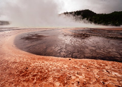 Grand Prismatic Spring - Fall scenes from Yellowstone National Park, WY, USA (The Shared Experience) Tags: yellowstonenationalpark 2016 a6300 sonya6300 sonydslr nps nationalparks nps100 hotsprings geyser wild nature landscapes wildlife usa wy