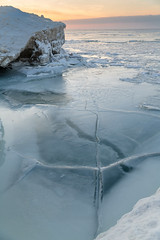 IMG_4906.jpg (geryllz) Tags: lakeerie erie pa presqueisle ice icedunes winter snow cold winterbeauty landscape eriecounty