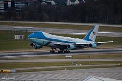 United States - US Air Force / Boeing VC-25A / 92-9000 (schmidli123) Tags: wef wef2018 worldeconomicforum zrh zurichairport zrhairport boeing boeinglovers 747 742 jumbo usaf usairforce unitedstatesofamerica 929000 af1 airforceone