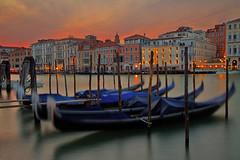 A braccia aperte / With arms wide open (Venezia, Veneto, Italy) (AndreaPucci) Tags: venezia venice italia italy veneto grand canal sunset andreapucci