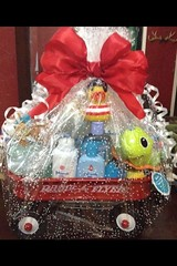 Basket Gifts : Radio Flyer Wagon | DIY Baby Shower Gift Basket Ideas for Boys (giftsmaps.com) Tags: gifts