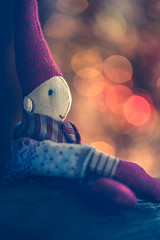 Elf (Ro Cafe) Tags: mm macro macromondays nikkor105mmf28 sonya7iii vowel toy miniature elf christmas decoration ornament bokeh
