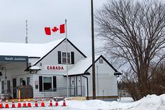 Roseau–South Junction Border Crossing, Canada (Lorie Shaull) Tags: northwestangle border canada sign manitoba bordercrossing roseauminnesota southjunctionmanitoba