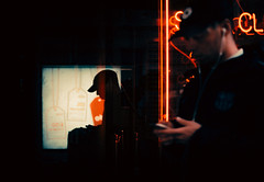 20,935 (Panda1339) Tags: 28mm silhouette london cinematic streetphotography notaclub ldn uk light