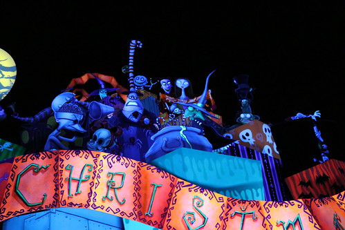 "Haunted Mansion Holiday • <a style=""font-size:0.8em;"" href=""http://www.flickr.com/photos/28558260@N04/32171586928/"" target=""_blank"">View on Flickr</a>"