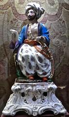 tête de turc (2) (canecrabe) Tags: porcelaine céramique turc turban madrid musée